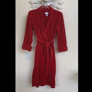 Classic Elements Red Velour Robe M